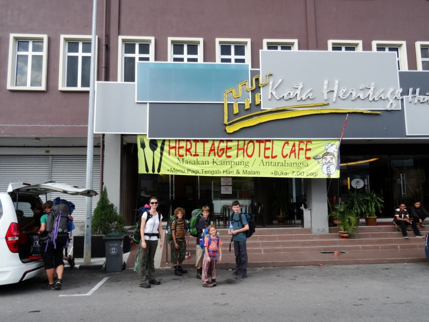 3.3-Hotel
