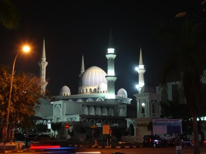 4.4.-Moschee-bei-Nacht