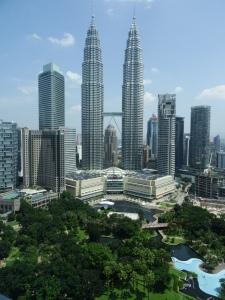 6.4-Petronas-Towers