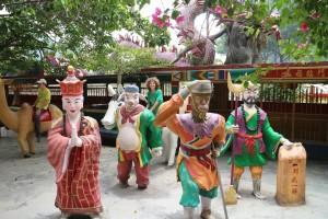 6.7-Ling-Sen-Tong-Tempel-Tiere